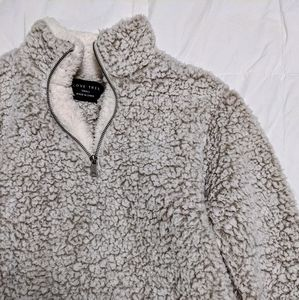 LOVE TREE Cozy Sherpa Pullover Sweater